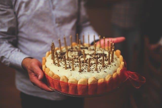 ケーキの持ち帰り方法!崩れてたとクレーム案件にならないために!