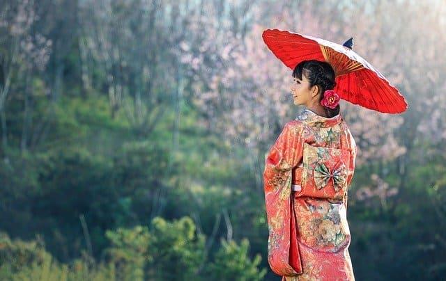 安藤和津は妾の子?母親は元芸者で女将さんだった?