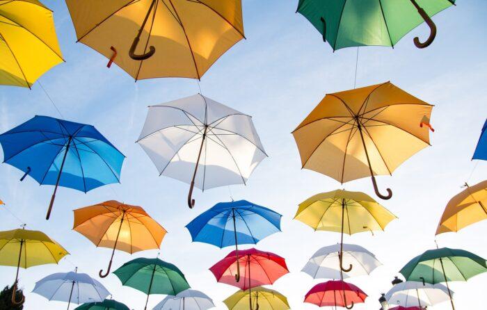 秩父宮ラグビー場で雨に濡れない席はどこ?屋根付き席を確保しよう!