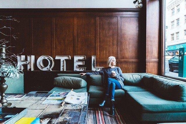 タワーオブテラーのホテルの名前は?泊まれる部屋はあるの?
